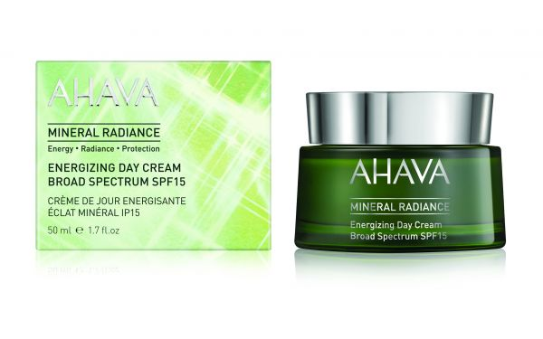 Mineral Radiance Energizing Day Cream SPF15 l
